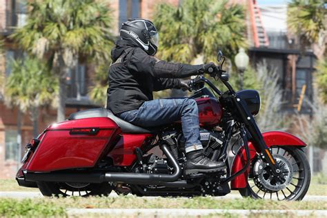 Review Harley Davidson Road King Special by 2017 Harley Davidson Road King Special Review Bike Week Test