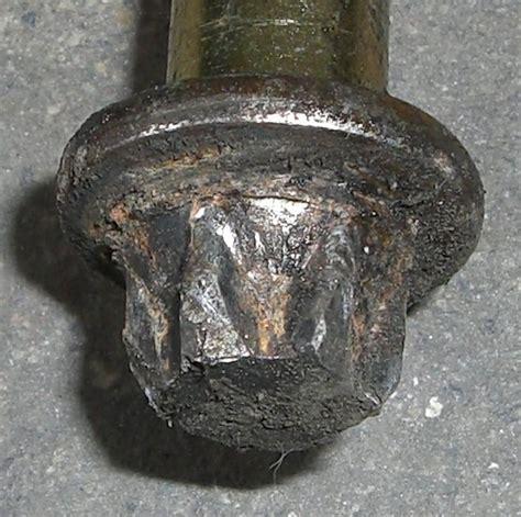 abgebrochene schraube rausdrehen abgebrochene schraube rausdrehen entfernen eines abgebrochenen linksdrehers aus einem wie