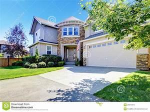 belle maison americaine exterieure avec la tour et le With maison en l avec tour