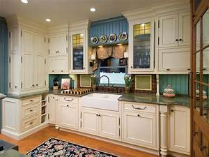 painting kitchen backsplashes pictures ideas from hgtv With what kind of paint to use on kitchen cabinets for red kitchen wall art