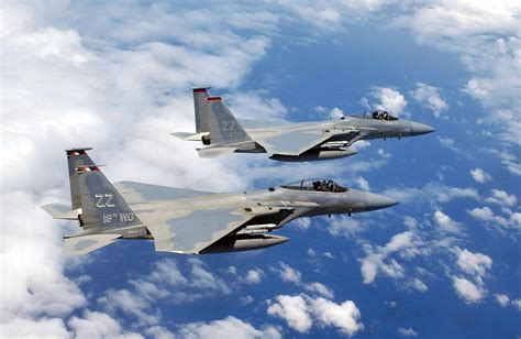 The military has been using this fighter jet since the '70s, and it still outmaneuvers the competition. F15 - Pic, Gallery 551937023