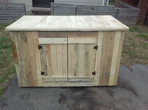 kitchen island made from pallets wooden pallet kitchen island with cabinets easy pallet ideas 8198