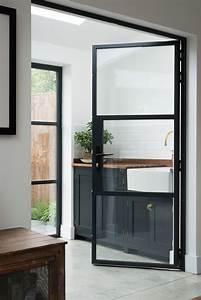 inspiration des portes vitrees style atelier frenchy fancy With porte d entrée alu avec grand tapis salle de bain design