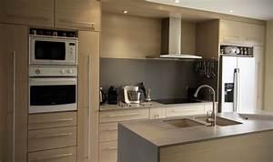 cuisine en chene brosse blanchi plan de travail en With deco cuisine avec meuble salle a manger chene blanchi