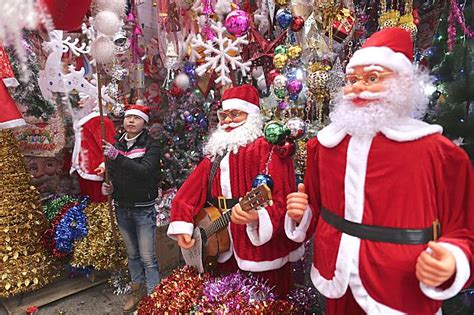 where to buy dhristmas decorations in shanghai where to get decorations in shanghai family shanghai