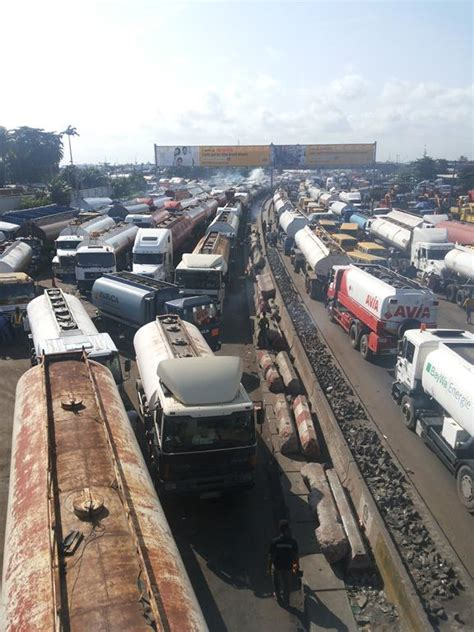 Elizabeth Alukos Blog Photos Apapa Oshodi Road Under