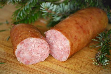 cuisiner la saucisse de morteau recette saucisse de morteau aux morilles et asperges en