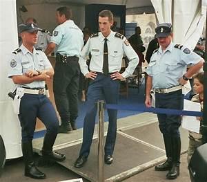 Uniforme Police Nationale : gendarmerie france ~ Maxctalentgroup.com Avis de Voitures