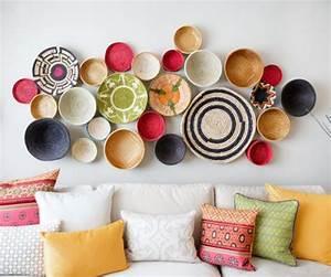 10 idees a piocher pour decorer un mur pour renouveler With comment faire la couleur orange en peinture 7 diy deco comment accrocher des photos avec style