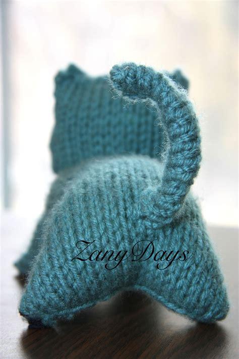 knit kitten toy     cat plushie