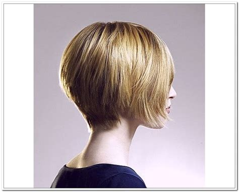 Best 25+ Short Layered Bob Haircuts Ideas On Pinterest