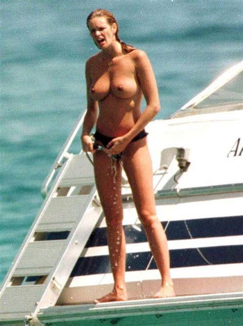Elle Macpherson Nude And Lesbian Sex Scenes Scandal Planet