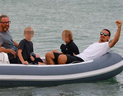 Boat Trip Manchester by Utd News Zlatan Ibrahimovic Enjoys Boat Trip Ahead Of