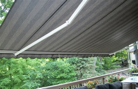physique xl   floor deck rolltec retractable awnings toronto ontario canada