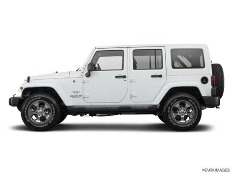 car  bright white clearcoat jeep wrangler