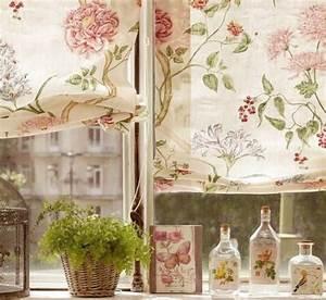 deco romantique douce et fleurie lilierose deco blog With chambre bébé design avec parfum fleuri