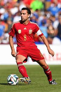 Xavi Hernandez Photos Photos - El Salvador v Spain ...