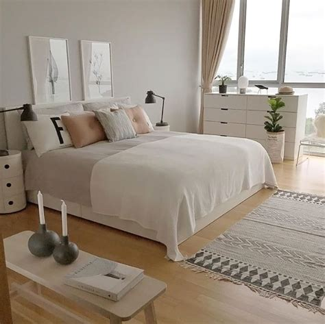 White Bedroom Decorating Ideas by 25 Best Ideas About White Grey Bedrooms On