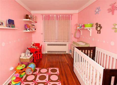 Как обустроить детскую комнату?