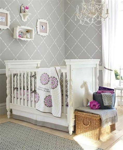 aménager chambre bébé lit en bois bebe mzaol com