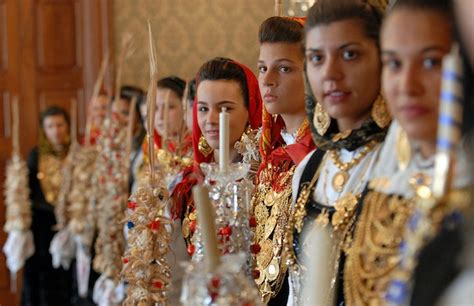 Portugal Traditionen by Devotion And Religious Festivals In Northern Portugal