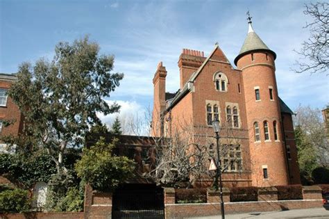jimmy page bought tower house   melbury road