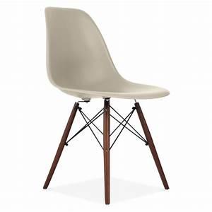 Skandinavische Stühle Klassiker : charles eames style beige dsw stuhl beistell cafe ~ Michelbontemps.com Haus und Dekorationen