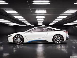 2017 Bmw I8 : bmw i8 2017 plug in hybrid in saudi arabia new car prices specs reviews photos yallamotor ~ Medecine-chirurgie-esthetiques.com Avis de Voitures