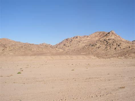 sinai desert landscape  semiretiredjedi  deviantart