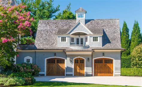 million shingle style home  southampton  york homes   rich