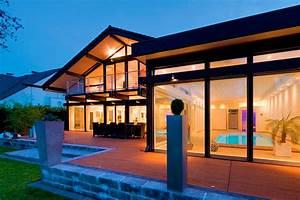 Legno Haus De : case di vetro case in vero legno e vetro di lusso flock haus switzerland ~ Markanthonyermac.com Haus und Dekorationen