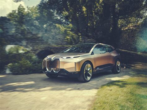 Bmw Just Unveiled A New Electric Suv Concept To Take On