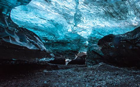 Download wallpaper 3840x2400 cave, ice, ice floe, stones ...