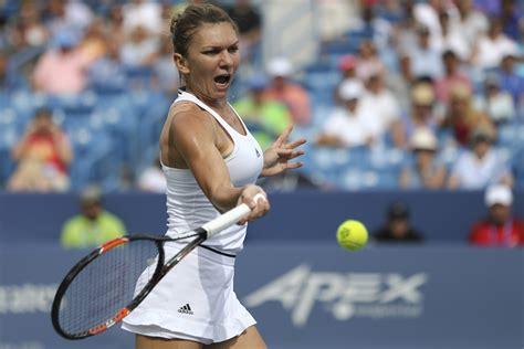 Simona Halep - Belinda Bencic, 6-4, 4-6, 2-6, la Dubai. Bencic, în semifinală