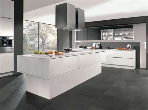 cuisine gris et blanc cuisine design grise blanche кухни gris