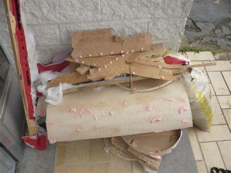 jeter de canape recyclage direct de notre vieux canapé hs démonter vs jeter
