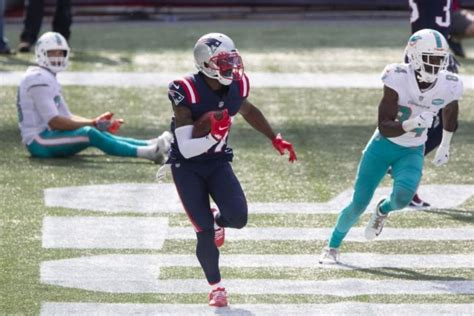 New England Patriots top Miami Dolphins in Cam Newton's ...