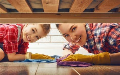 Aufräumen Und Putzen das schlafzimmer im fr 252 hjahr aufr 228 umen und putzen