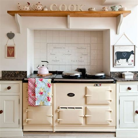 country kitchen stoves neutral country kitchen kitchen design idea 2899