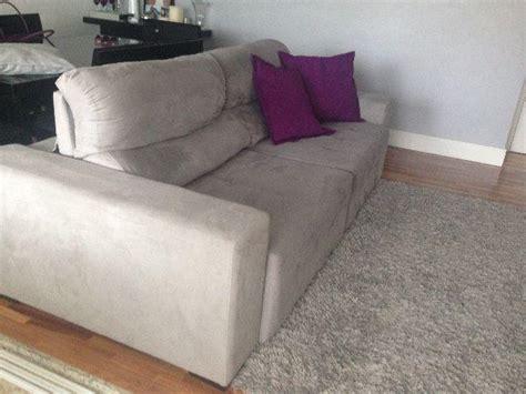 sofá eureka suede é bom sof 225 3 lugares reclin 225 vel e retr 225 til cinza usado m 243 veis