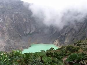 Panoramio - Photo of Crater of Irazú volcano