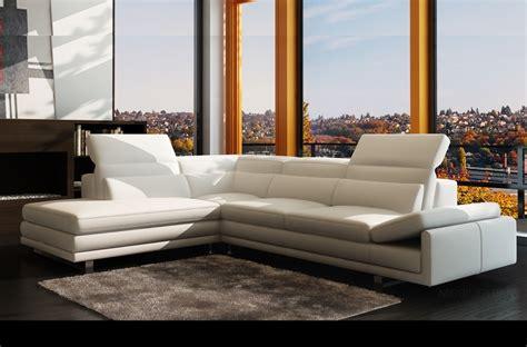 canapé d angle 7 places cuir canapé d 39 angle en cuir italien 6 7 places izen blanc