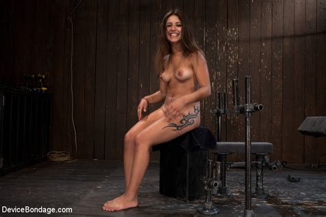 Latina Slave Jynx Maze Gets Her Long Legs Spread Apart And