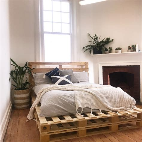 diy beds    wooden pallets ideas  pallets