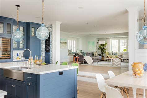 tranquil blue  white kitchen packs  style  function