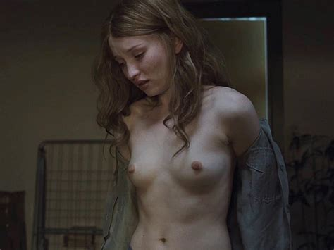 emily browning naked 13 photos thefappening