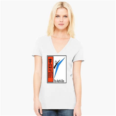 Te Ashi Do Women's V-Neck T-shirt - Customon