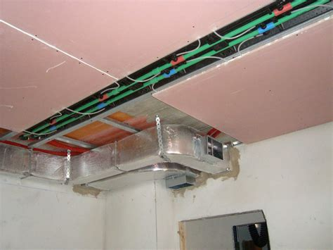 pannelli radianti soffitto riscaldamento