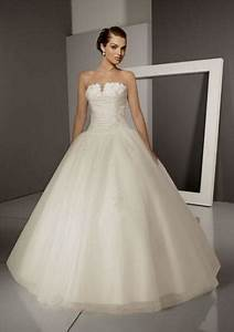 traditional white wedding dresses world dresses With white wedding dress tradition