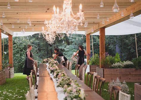 backyard wedding ideas checklist  zebra